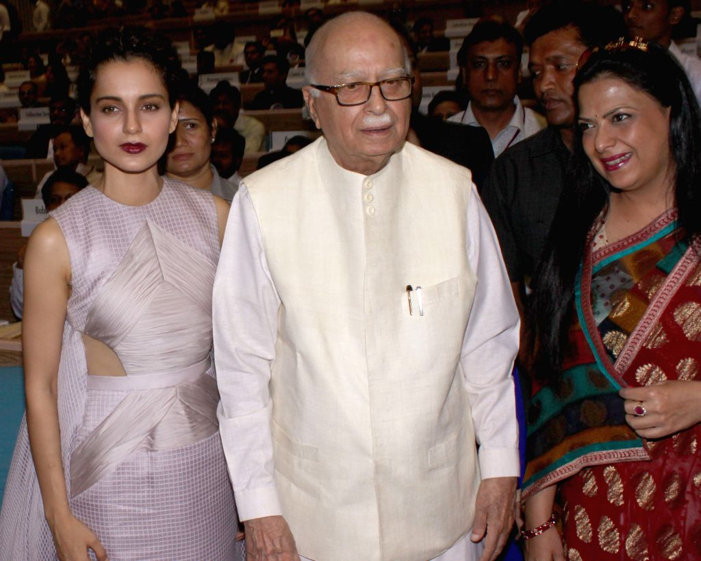 BJP MP from Gandhinagar L K Advani and actress Kangna Ranaut at the 62nd National Film Awards ceremony organised at Vigyan Bhavan in New Delhi, on May 3, 2015. - Kangna Ranaut