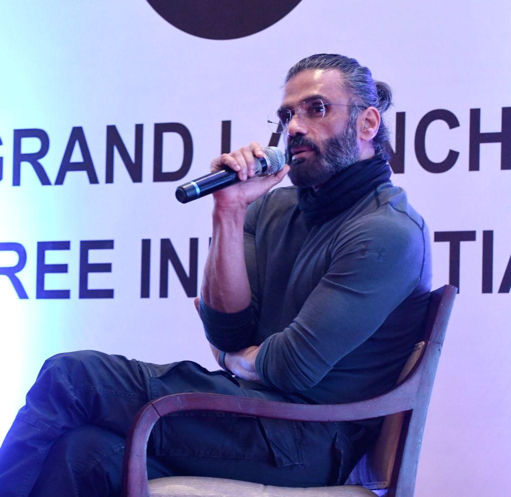 New Delhi : Bollywood Actor Suniel Shetty  during the spit Free India campaign in New Delhi on Sunday October 03, 2021.(Photo: Anupam Gautam/IANS) - Suniel Shetty