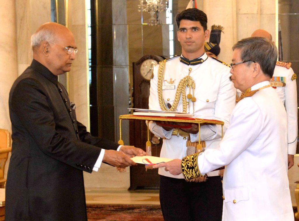 :New Delhi: Cambodian Ambassador - Designate Ung Sean presents his credentials to President Ram Nath Kovind at Rashtrapati Bhavan in New Delhi, on Oct 18, 2018. (Photo: IANS/PIB).