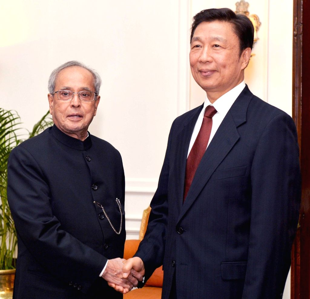 : New Delhi: China Vice President Li Yuanchao calls on the President Pranab Mukherjee, at Rashtrapati Bhavan, in New Delhi on Nov. 6, 2015. (Photo: IANS/PIB).