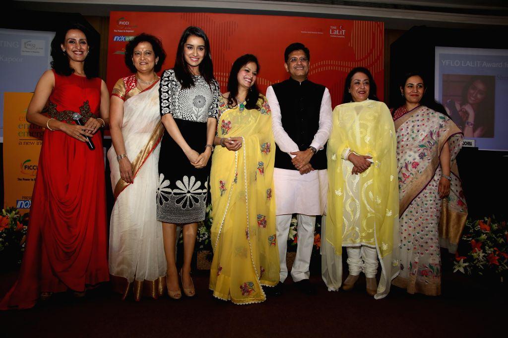 Commonwealth Society of India (CSOI) chairperson and actress Shivani Wazir,  FLO's national president Neeta Boochra, actress Shraddha Kapoor, Entrepreneur Avarna Jain, Union Minister of ... - Shivani Wazir, Shraddha Kapoor and Avarna Jain