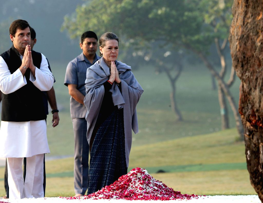 Congress chief Sonia Gandhi and party vice president Rahul Gandhi pay tribute to former prime minister of India Indira Gandhi on her birth anniversary at Shakti Sthal - her memorial -  in . - Sonia Gandhi and Rahul Gandhi