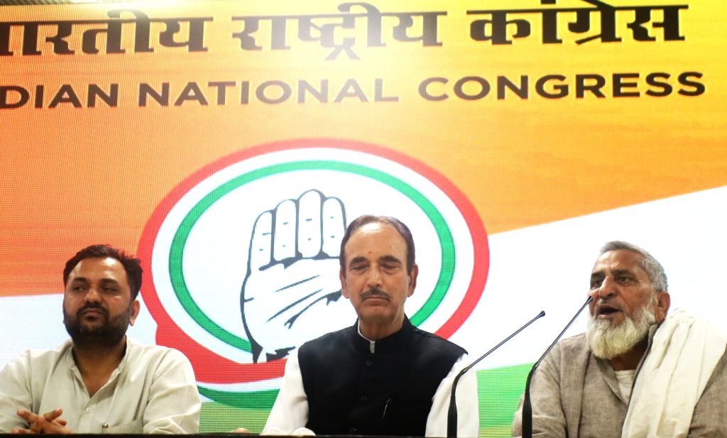 New Delhi: Congress leader Ghulam Nabi Azad during a press conference with Naseem Ahmed and Md Elias who joined the party in New Delhi, on April 30, 2019. (Photo: IANS)