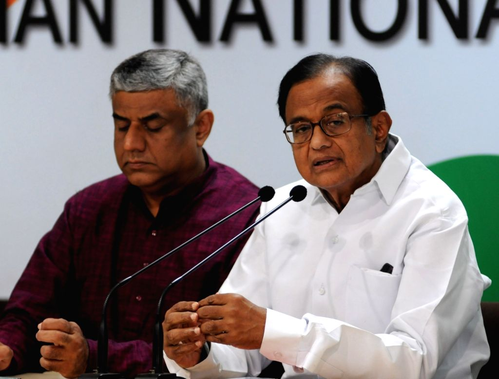 : New Delhi: Congress leader P Chidambaram addresses a press conference in New Delhi on Oct 29, 2018. (Photo: IANS).