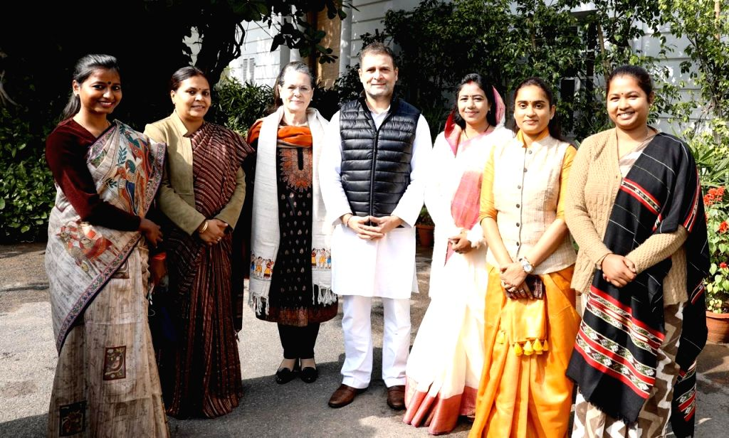 New Delhi: Congress leaders Sonia Gandhi and Rahul Gandhi meet the party's newly elected MLAs from Jharkhand, at the party's headquarters in New Delhi on Jan 17, 2020. (Photo: IANS) - Sonia Gandhi and Rahul Gandhi