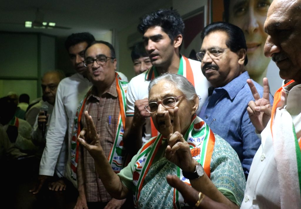 New Delhi: Congress' Lok Sabha candidates from Delhi - Sheila Dixit (North East Delhi), Ajay Maken (New Delhi), Vijender Singh (South Delhi) and Jai Parkash Aggarwal (Chandni Chowk) during a press conference, at the party's headquarter in New Delhi,  - Sheila Dixit and Vijender Singh