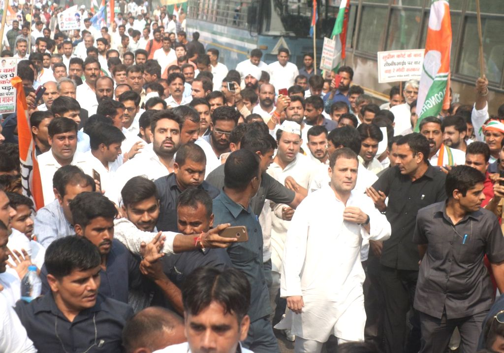 :New Delhi: Congress President Rahul Gandhi leads a protest against the government move to strip CBI Director Alok Verma of his power in New Delhi on Oct 26, 2018. (Photo: IANS).