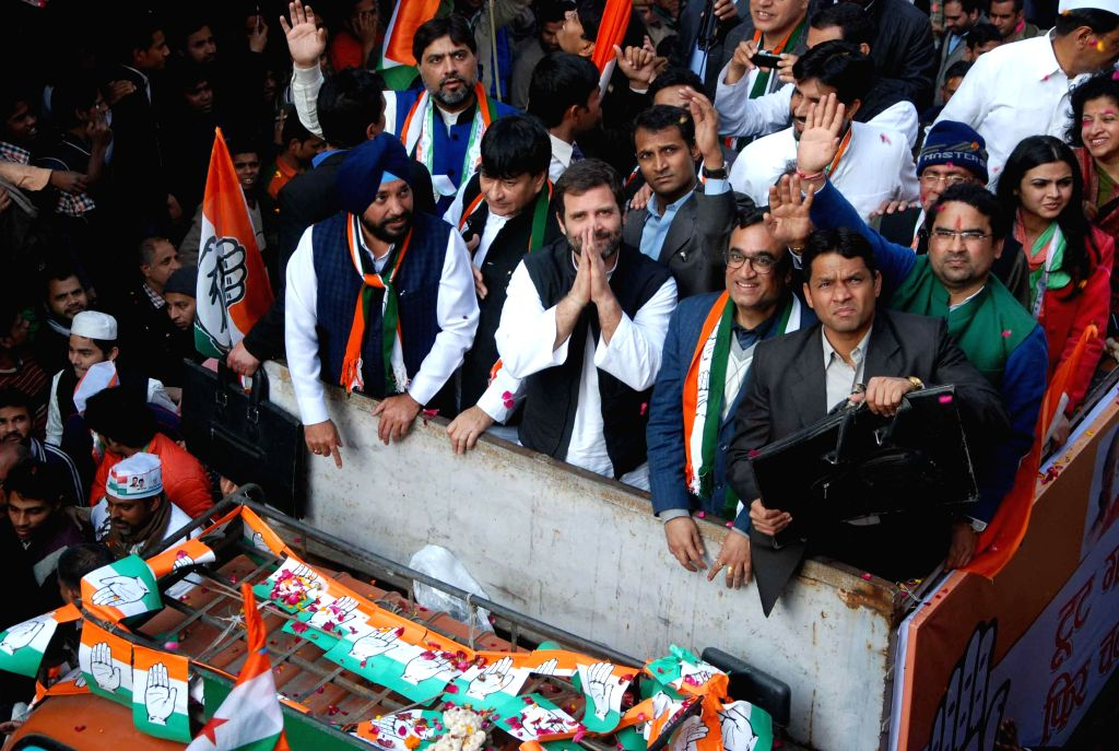 Congress vice presdient Rahul Gandhi with Ajay Maken, Arvinder Singh Lovely and other leaders during a road show for the upcoming Delhi Assembly Election in New Delhi on Feb. 4, 2015. - Arvinder Singh Lovely