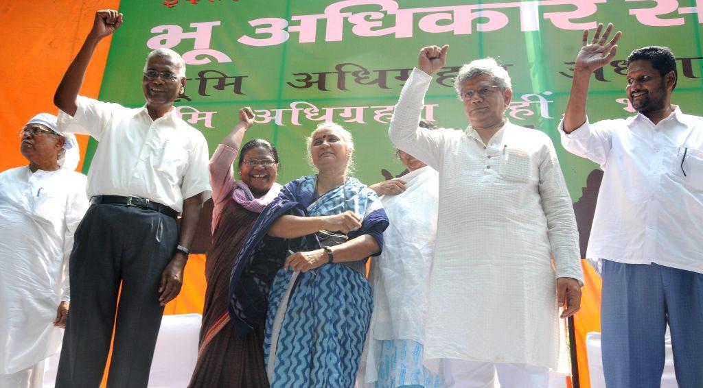 CPI(M) General Secretary Sitaram Yechury, CPI leader D Raja, social activists Medha Patkar,  Dayamani Barla and others participate in Bhumi Adhikar Sangharsh rally organised to protest ... - Sitaram Yechury