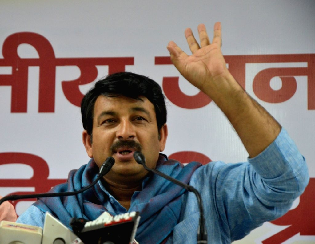 New Delhi: Delhi BJP chief Manoj Tiwari addresses a press conference in New Delhi, on May 8, 2017. (Photo: IANS)