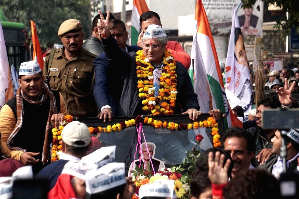 New Delhi: Delhi Cabinet Minister and Aam Aadmi Party (AAP) candidate from Najafgarh Assembly constituency, Kailash Gahlot on his way to files his nomination papers ahead of the Delhi Assembly elections, in New Delhi on Jan 17, 2020. (Photo: IANS)