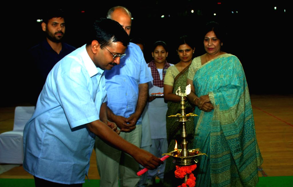 Delhi Chief Minister and AAP leader Arvind Kejriwal and Deputy Chief Minister Manish Sisodia during an interactive session with Government School Principals at Thyagaraj Stadium in New ... - Manish Sisodia and Arvind Kejriwal