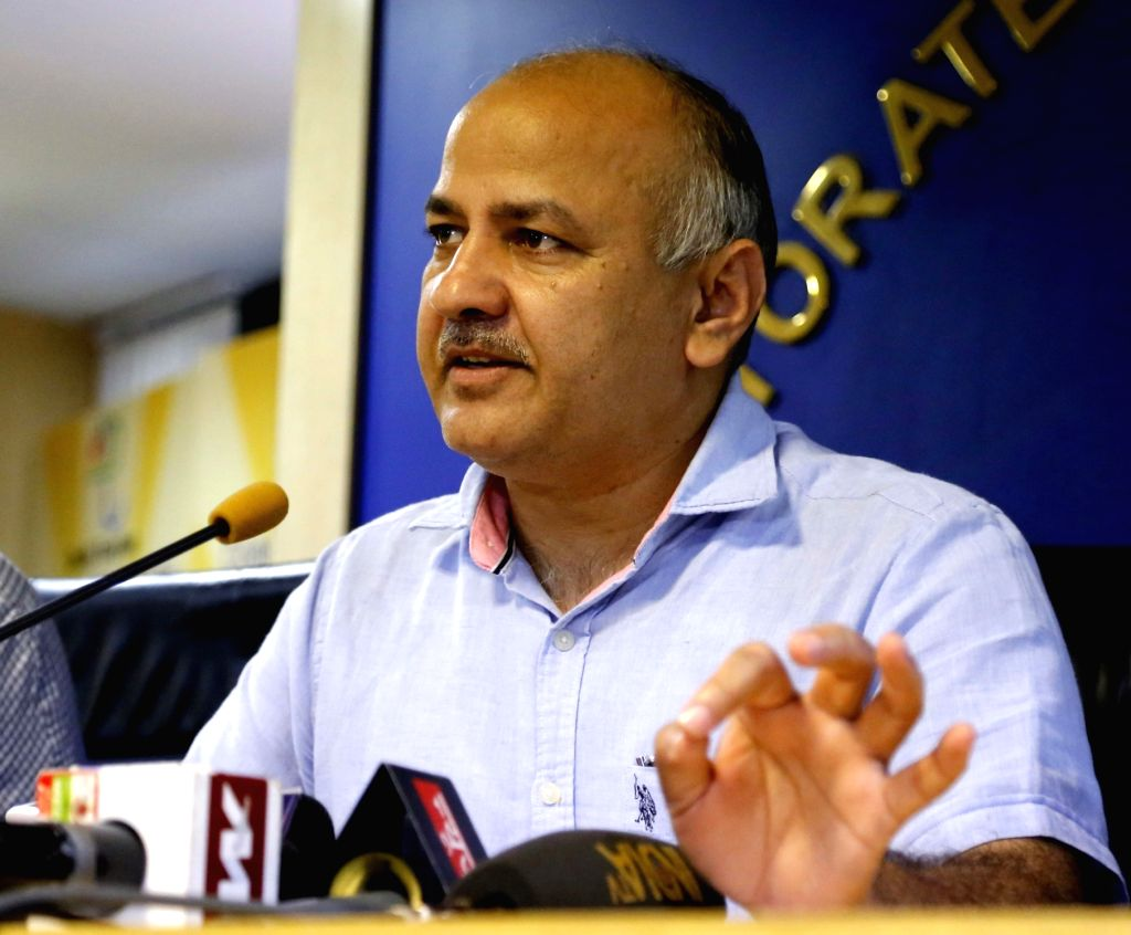 New Delhi: Delhi Deputy Chief Minister Manish Sisodia addresses a press conference in New Delhi on Sept 20, 2016. - Manish Sisodia