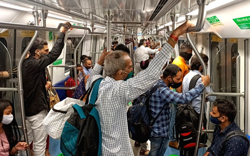 New Delhi : Delhi Metro Rail Corporation fecitiation of Grey Line Metro after the flagging off the train services on Dhansa Bus Stand to Najafgarh section in New Delhi on Saturday, September 18, 2021. (Photo: Wasim Sarvar/ IANS)