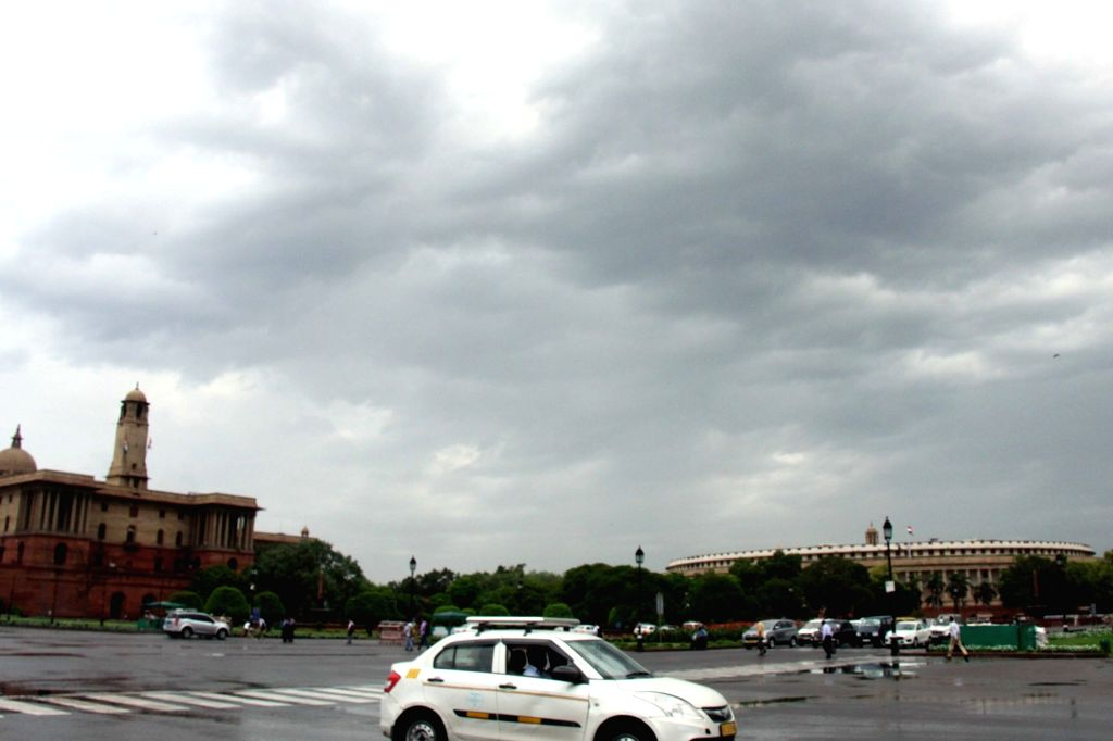 New Delhi: Delhi wakes up to a cloudy day on June 18, 2019. (Photo: Bidesh Manna/IANS)