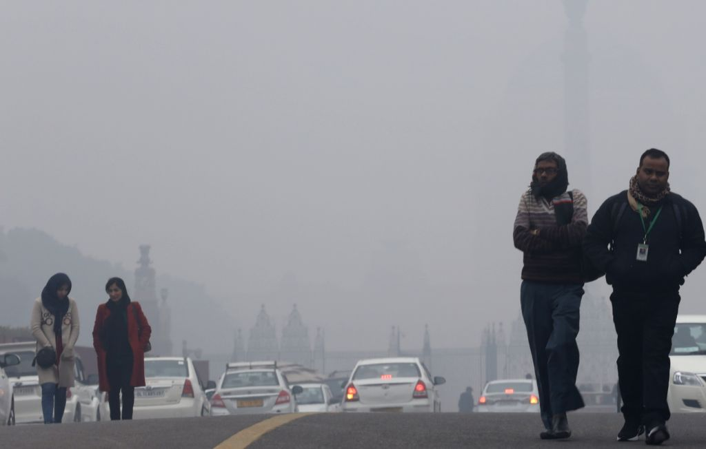 New Delhi: Dense fog engulfs the national capital, on Dec 30, 2019. Delhi and national capital region (NCR) were enveloped in a thick blanket of fog on Monday morning, reducing the visibility and affecting air traffic and vehicular movement. At least