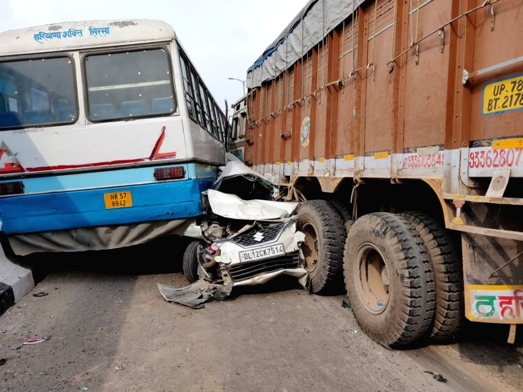: New Delhi: Eight people were injured following a collision between a truck and a bus, in New Delhi on Aug 11, 2018. the collision on Outer Ring Road near the Pitampura area, other vehicles, ...
