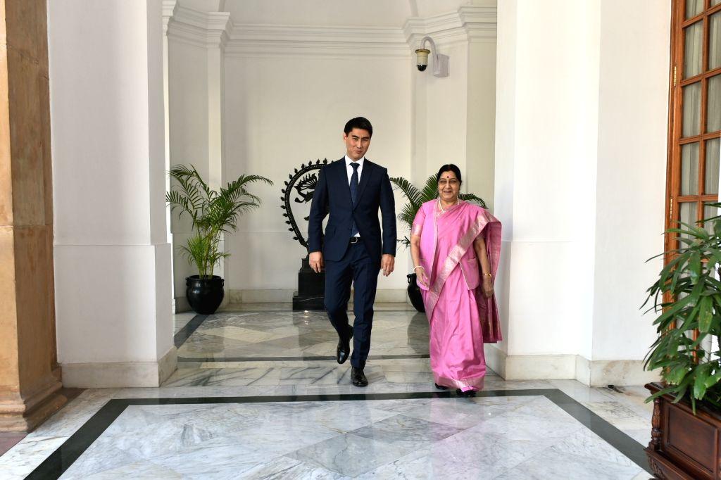 New Delhi: External Affairs Minister Sushma Swaraj meets Kyrgyzstan Foreign Affairs Minister Aidarbekov Chingiz Azamatovich at Hyderabad House in New Delhi, on Jan 29, 2019. (Photo: IANS/MEA) - Sushma Swaraj
