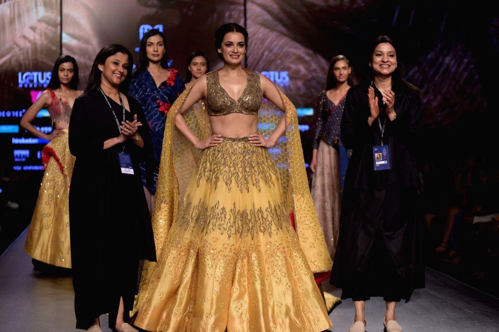 New Delhi: Fashion designer Ruceru with actress Dia Mirza at Lotus India Fashion Week in New Delhi, on March 15, 2019. (Photo: Amlan Paliwal/ IANS) - Dia Mirza