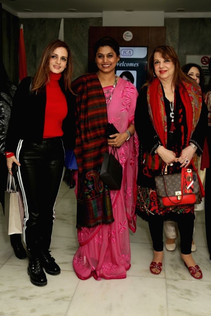 """New Delhi: FICCI FLO President Pinky Reddy with actresses Sussanne Khan, Zarine Khan and others during an interactive session om """"Successful Mothers & Daughters in the Business of Luxury"""" in New Delhi on Feb 1, 2019. (Photo: Amlan Paliwal/IANS) - Sussanne Khan, Zarine Khan and Reddy"""
