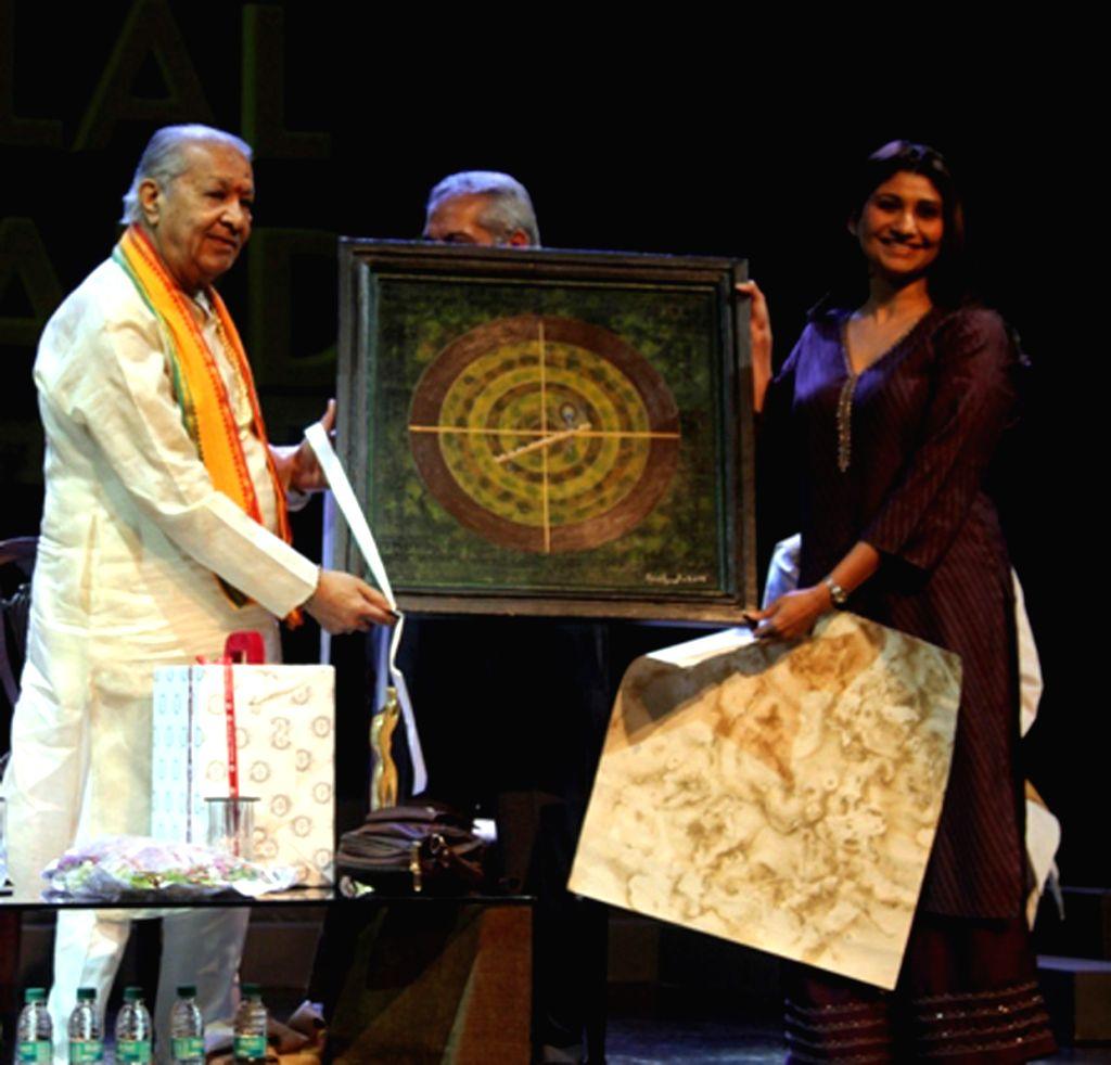 Flautist Pandit Hariprasad Chaurasia during the 21st Chaman Lal Memorial Awards at Kamani Auditorium, New Delhi on April 9, 2015.