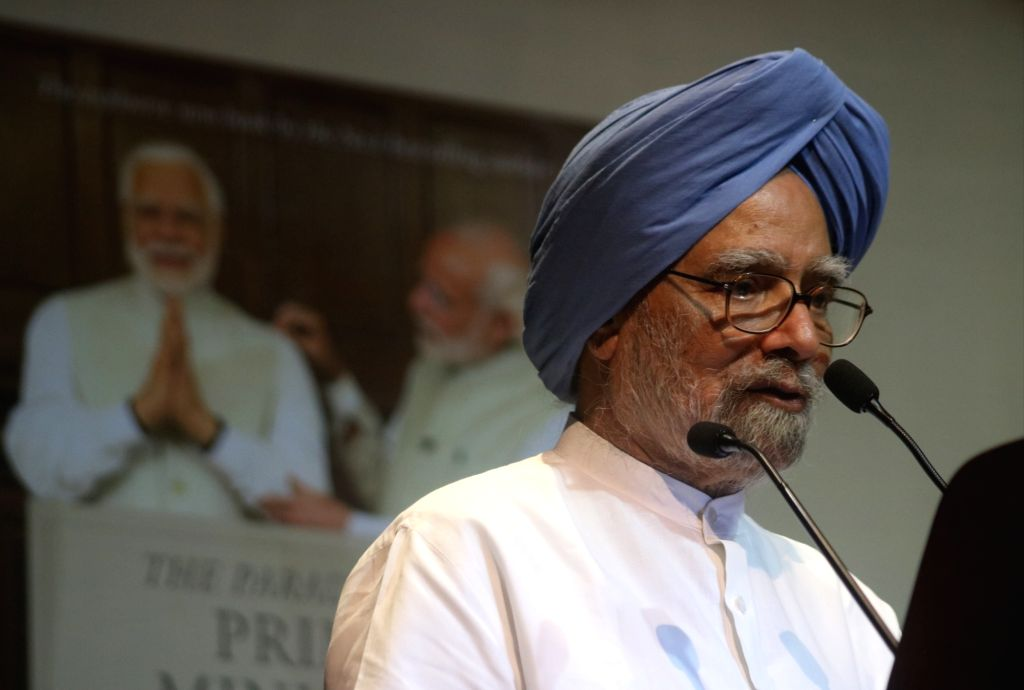 """:New Delhi: Former Prime Minister and Congress leader Dr. Manmohan Singh addresses at the launch of Shashi Tharoor's book """"The Paradoxical Prime Minister: Narendra Modi And His India"""" in New ..."""