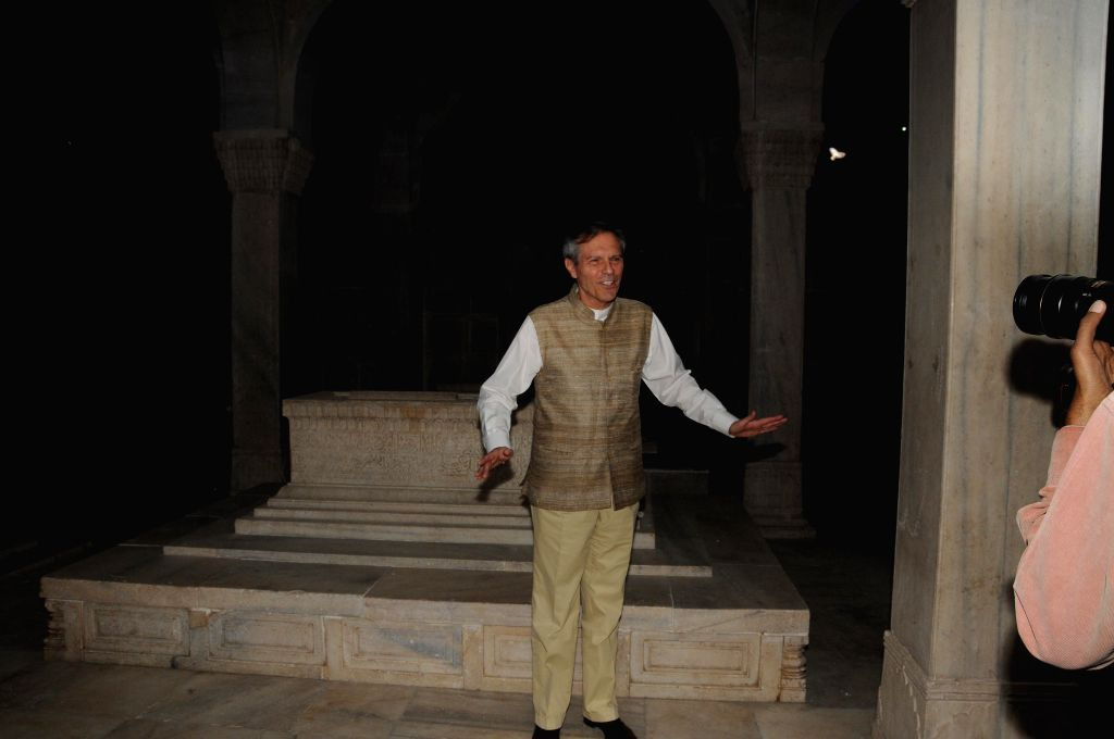 German Ambassador to India Michael Steiner and others after inauguration of the restored 17th century tomb Chausath Khamba at Nizamuddin in New Delhi on Nov 16, 2014.
