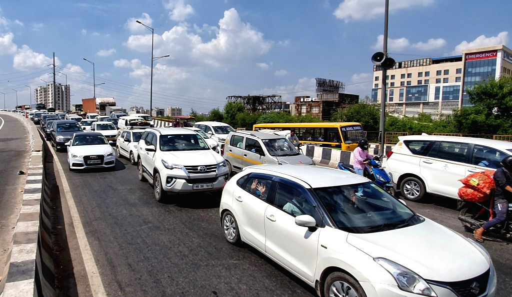 New Delhi : Heavy Traffic Jam on NH-9 following farmers protest at UP gate over the Lakhimpur Kheri incident in Ghaziabad District on Monday October 04, 2021.