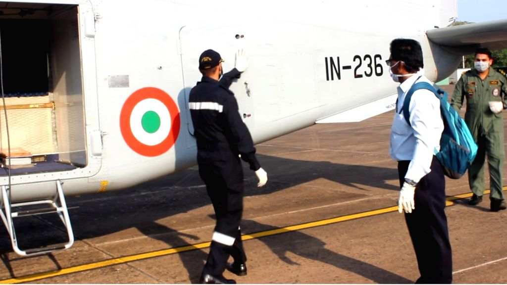 New Delhi: Indian Navy transports samples for COVID-19 for testing from Goa to Pune, the force said on Wednesday. A Dornier aircraft of the Indian Navy carrying 38 samples for COVID-19 testing took off from INS Hansa to Pune on March 31. The samples