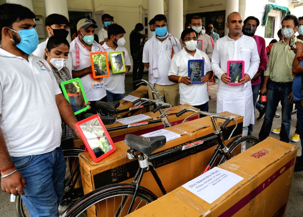 New Delhi :  Indian Youth Congress (IYC) sent Bicycle for PM Modi and Cabinate Ministers against price hike on Petrol and Diesel at IYC office in New Delhi on Thursday , 10 June 2021