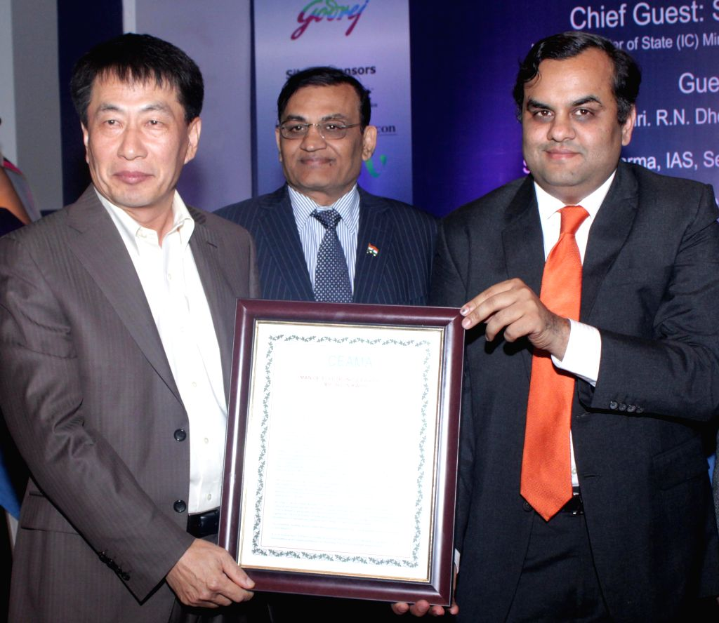 Industrialist and Rajya Sabha Member Rajkumar Dhoot and LG Electronics India MD Soon Kwon during the 35th Annual function of CEMA (Consumer Electronics & Appliances Manufacturers ...