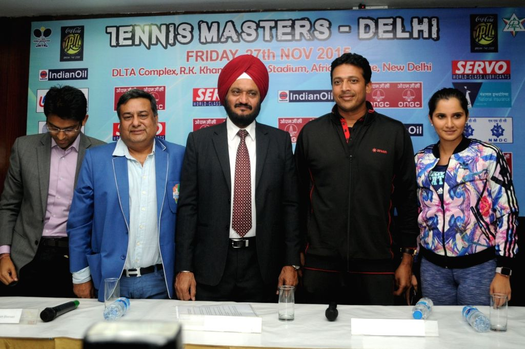 New Delhi: IPTL Managing Director Mahesh Bhupathi and Indian tennis player Sania Mirza during a press conference in New Delhi on Nov 27, 2015.