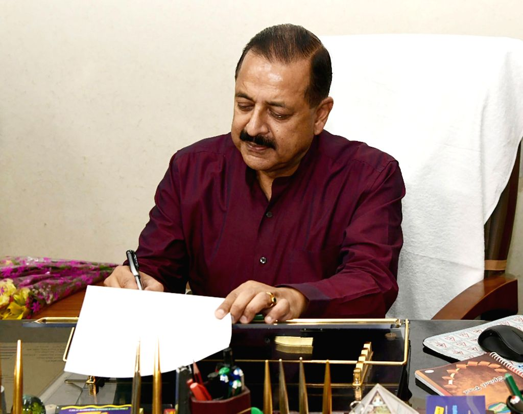 New Delhi: Jitendra Singh takes charge as the Minister of State for Development of North Eastern Region (Independent Charge), in New Delhi on May 31, 2019. (Photo: IANS/PIB) - Jitendra Singh