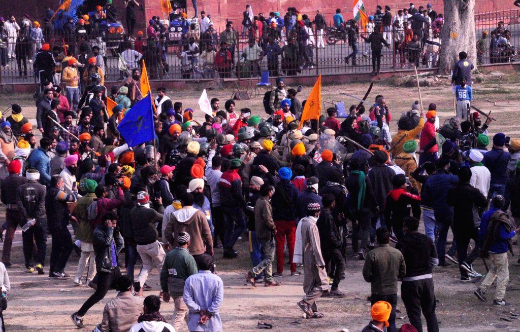 New delhi: Lal quila farmers protest.