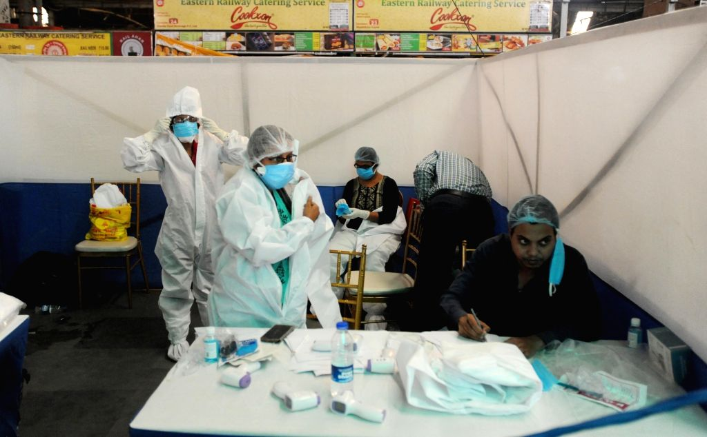 """New Delhi, May 17 (IANS) Even as a number of health workers across the national capital have got coronavirus infection, the Delhi government has directed all healthcare facilities in the city on """"rational"""" use of Personal Protective Equipment (PPE)."""