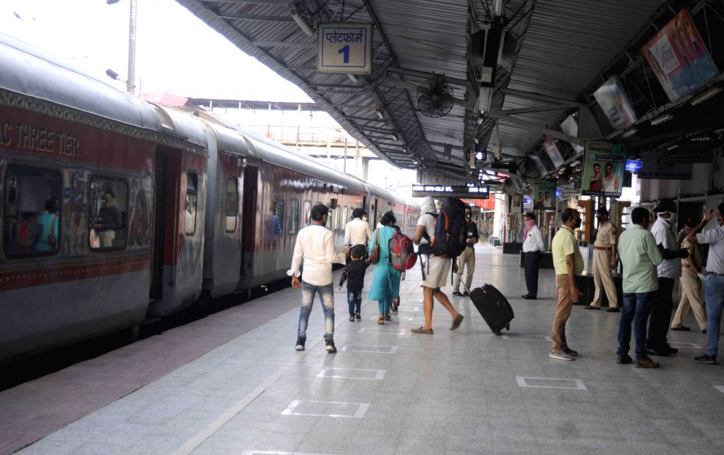 New Delhi, May 22 (IANS) A day after the Indian Railways started taking bookings for 200 special trains from June 1, within 24 hours the national transporter sold 5.72 lakh tickets for 12.5 lakh passengers. A senior railway ministry official said tha