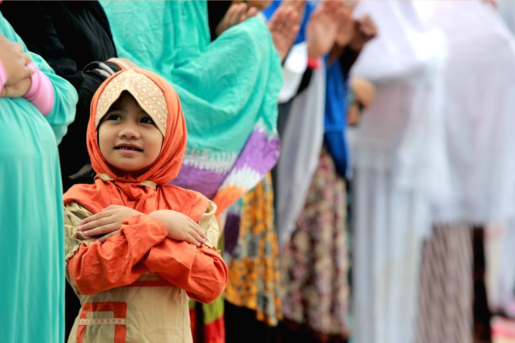 New Delhi, May 23 (IANS) The fragrance of 'sewain, the giggle of little ones running amok in the house, the stain on the new 'kurta caused by spilling mutton 'rogan josh -- all these trademark moments of Eid are bound to get subdued this Eid, as p