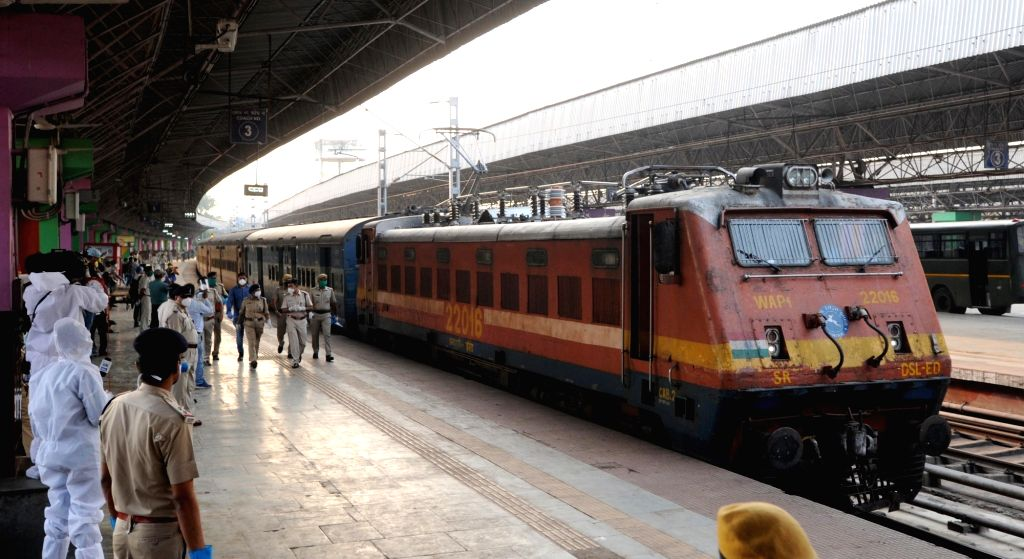 New Delhi, May 23 (IANS) The Indian Railways has operated over 2,600 Shramik Specials and transported over 36 lakh people across the country operating interstate and within the state since May 1 and plans to operate 2,600 more trains in the next 10 d - K. Yadav