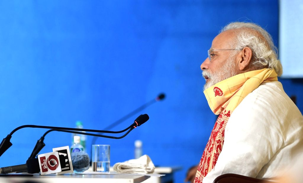 New Delhi, May 25 (IANS) Prime Minister Narendra Modi on Monday called up the heads of two of India's close allies, the UAE and Bangladesh, to wish them on the occasion of Eid.(File Photo: IANS/PIB) - Narendra Modi