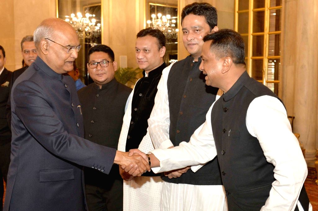 New Delhi: Members of a delegation from Bangladesh comprising of Members of Parliament and political leaders, call on President Ram Nath Kovind at Rashtrapati Bhavan in New Delhi on March 12, 2019. (Photo: IANS/RB) - Nath Kovind