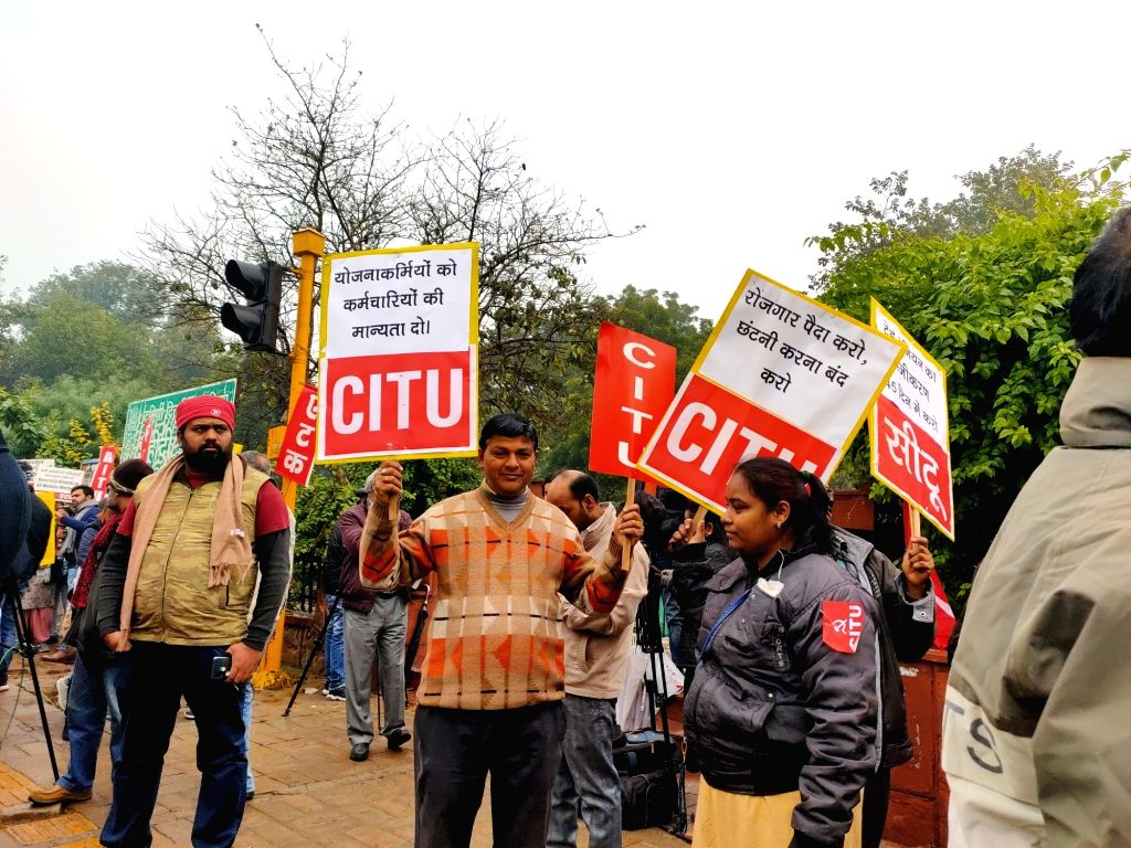 New Delhi: Members of Centre of Indian Trade Unions (CITU) stage a demonstration during an All India General Strike called by trade unions at Shaheed Park, ITO in New Delhi on Jan 8, 2020. (Photo: IANS)
