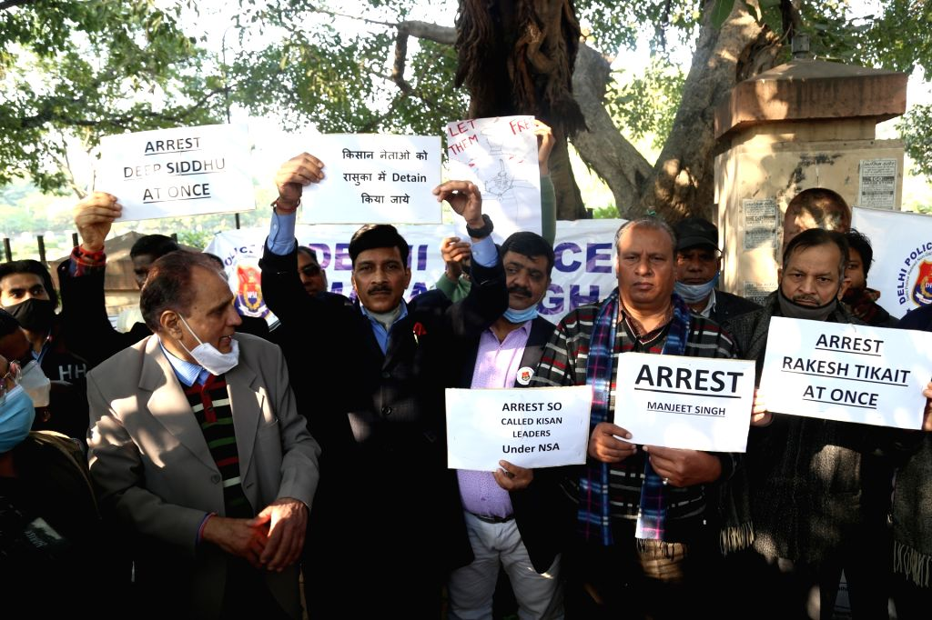 New delhi: Members of Delhi police Mahasangh staged a silent Protest against farmers rampage at Shahidi park in New Delhi on Wednesday. 27 January 2021 .