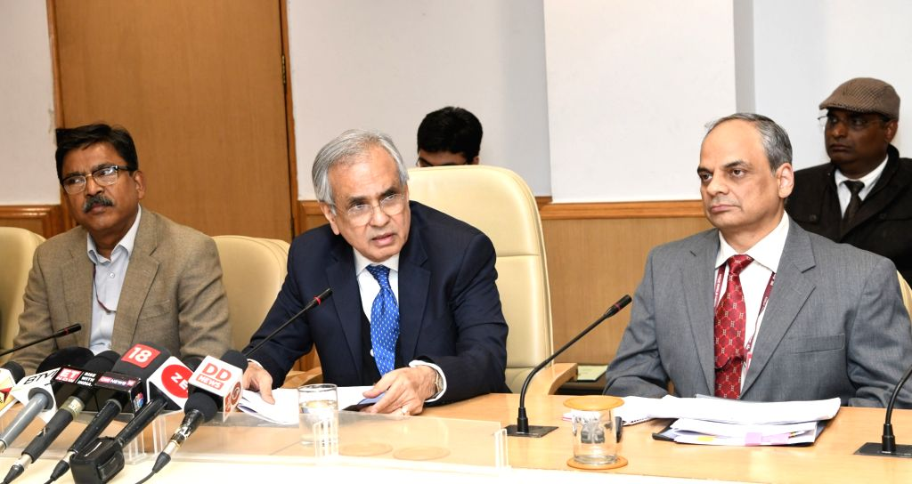:New Delhi: NITI Aayog Vice-Chairman Dr. Rajiv Kumar addresses a press conference on GDP Back Series, in New Delhi on Nov 28, 2018. Also seen Chief Statistician and Secretary, Ministry of ...