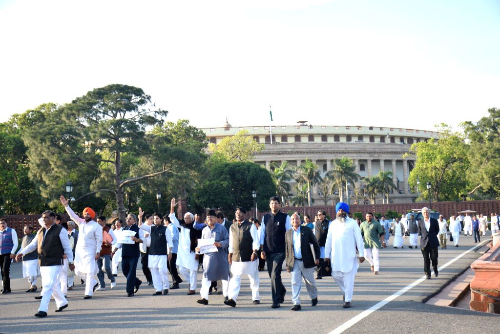 Parliamentarian participate in a march from parliament to the Rashtrapati Bhawan to protest against the controversial land acquisition bill in New Delhi, on March 17, 2015. Leaders and MPs ... - Sonia Gandhi