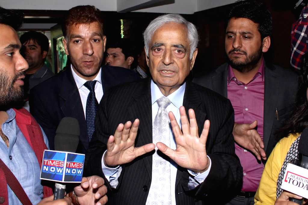 PDP patron Mufti Mohammed Sayeed addressing media at J&K House, in New Delhi after his meeting with the Prime Minister Narendra Modi on Feb 27, 2015. - Narendra Modi