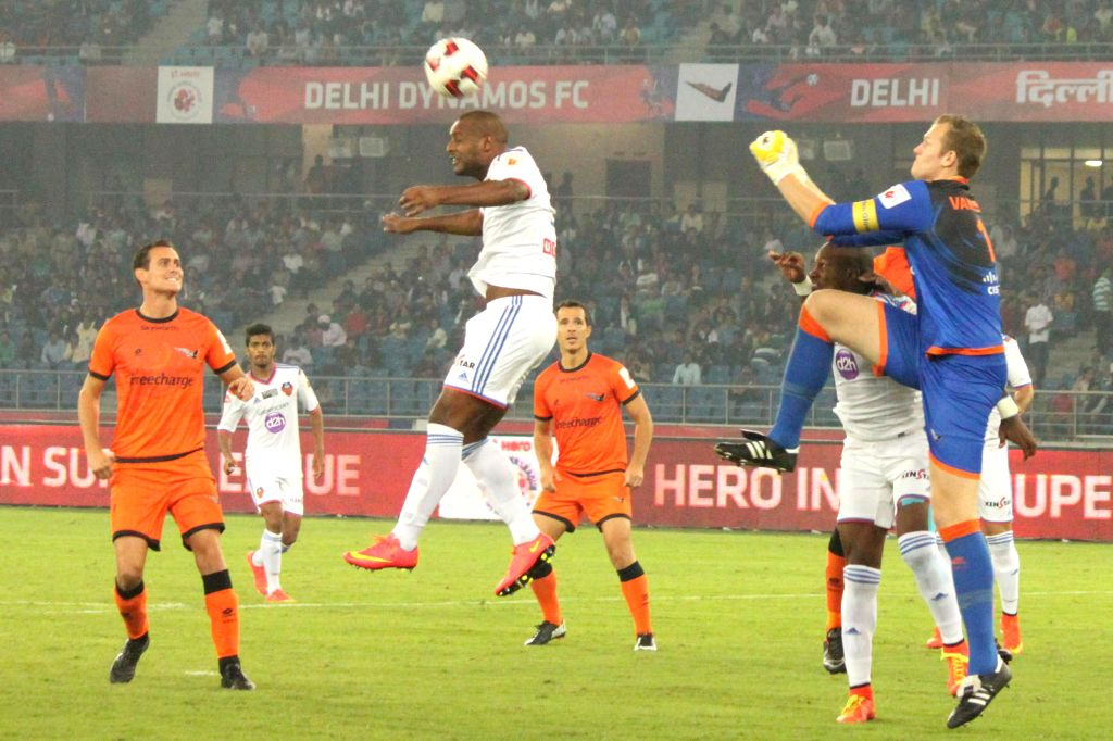 Players in action during an ISL match between Delhi Dynamos FC and FC Goa at Jawaharlal Nehru Stadium in New Delhi, on Nov 13, 2014.