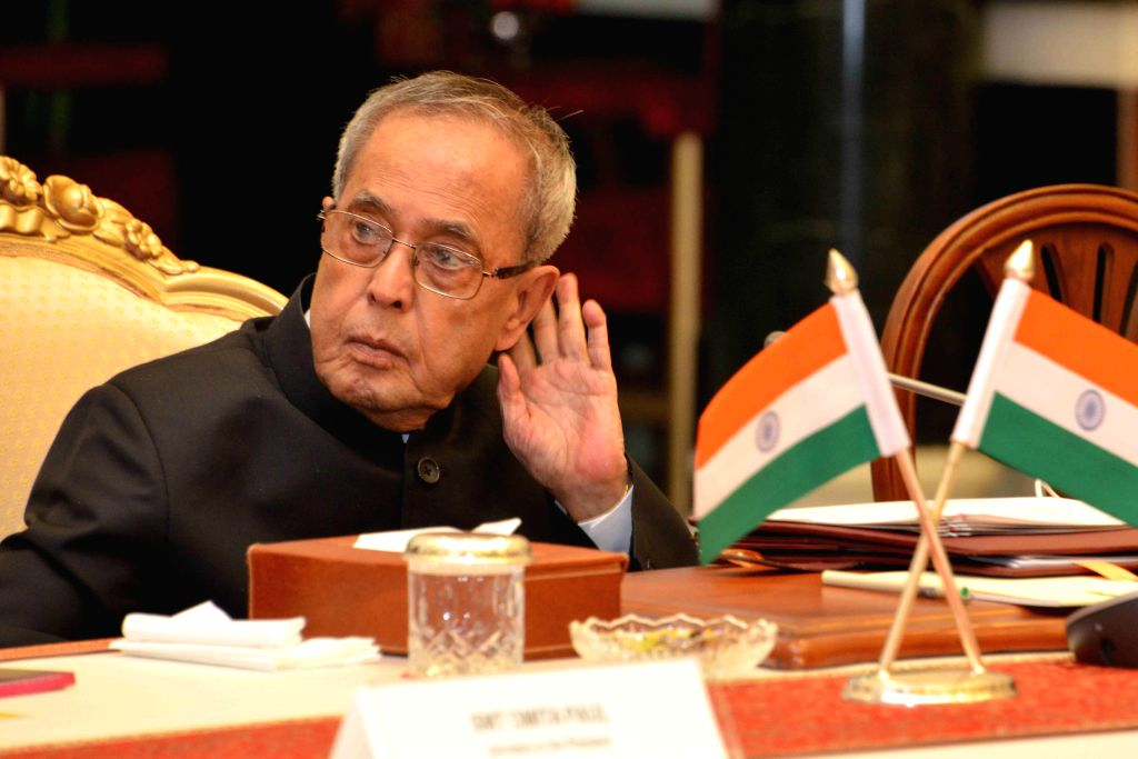 President Pranab Mukherjee during the rapporteurs'summarization on global roundtable on Inclusive Innovation - Session II at West Hall Rashtrapati Bhavan Cultural Centre in New Delhi, on ... - Pranab Mukherjee