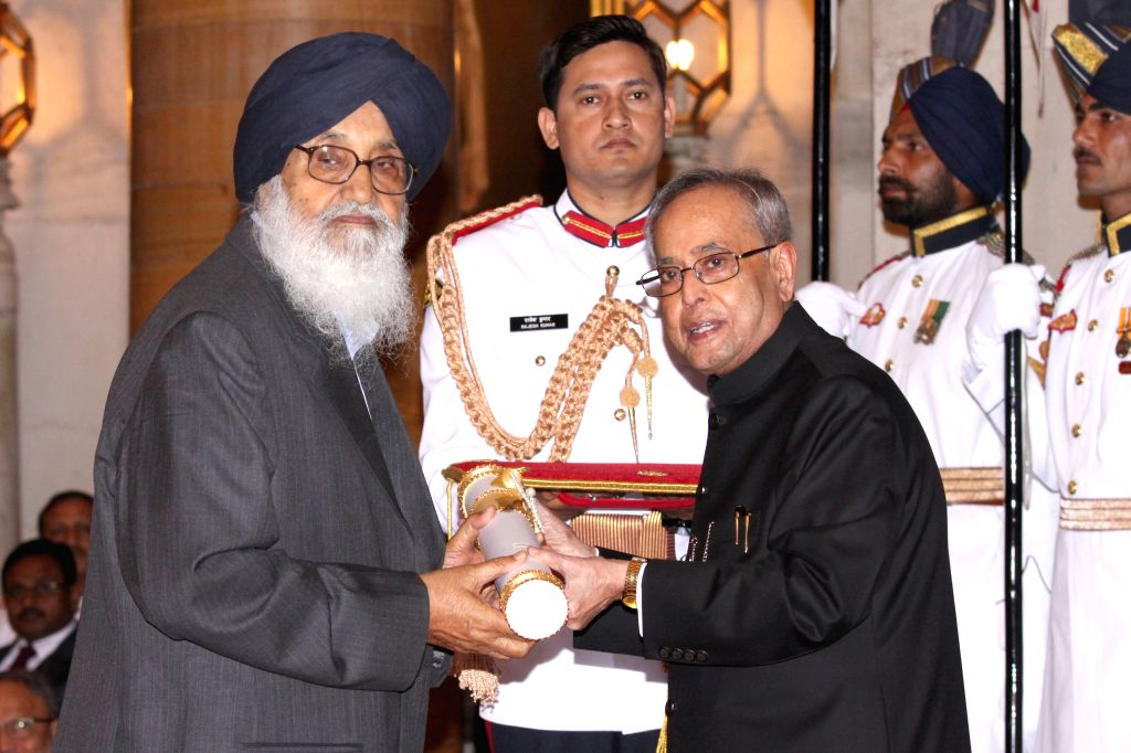 President Pranab Mukherjee presents the Padma Vibhushan Award to veteran politician and Punjab Chief Minister Parkash Singh Badal at a Civil Investiture Ceremony, at Rashtrapati Bhavan, in ... - Pranab Mukherjee