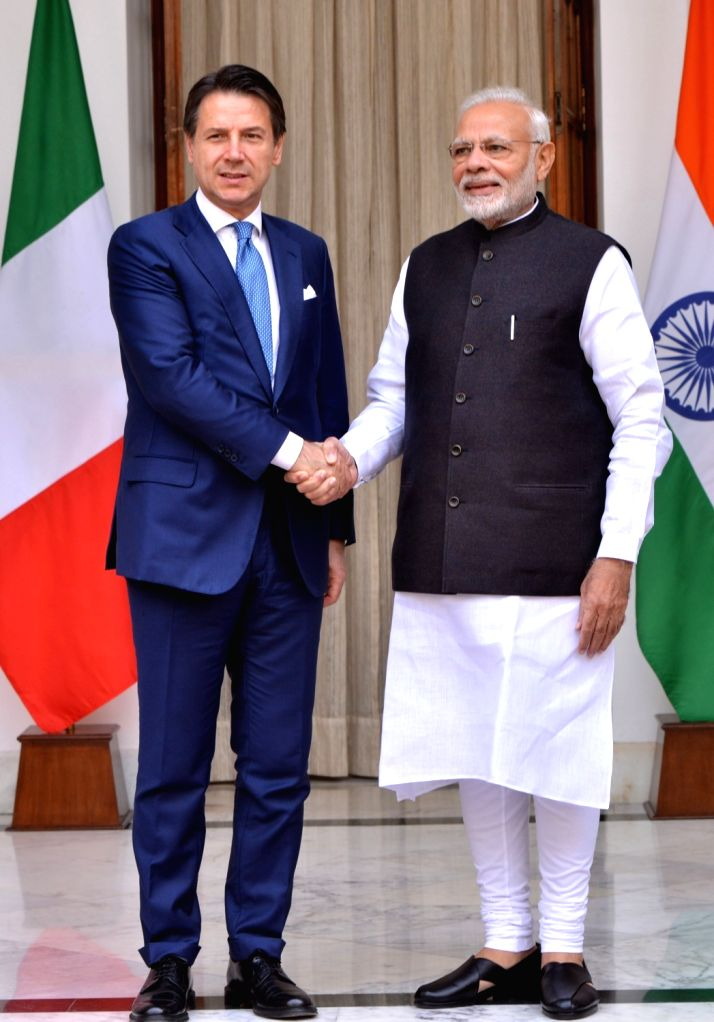 : New Delhi: Prime Minister Narendra Modi and Italian Prime Minister Giuseppe Conte during a meeting at Hyderabad House in New Delhi on Oct 30, 2018. (Photo: IANS).