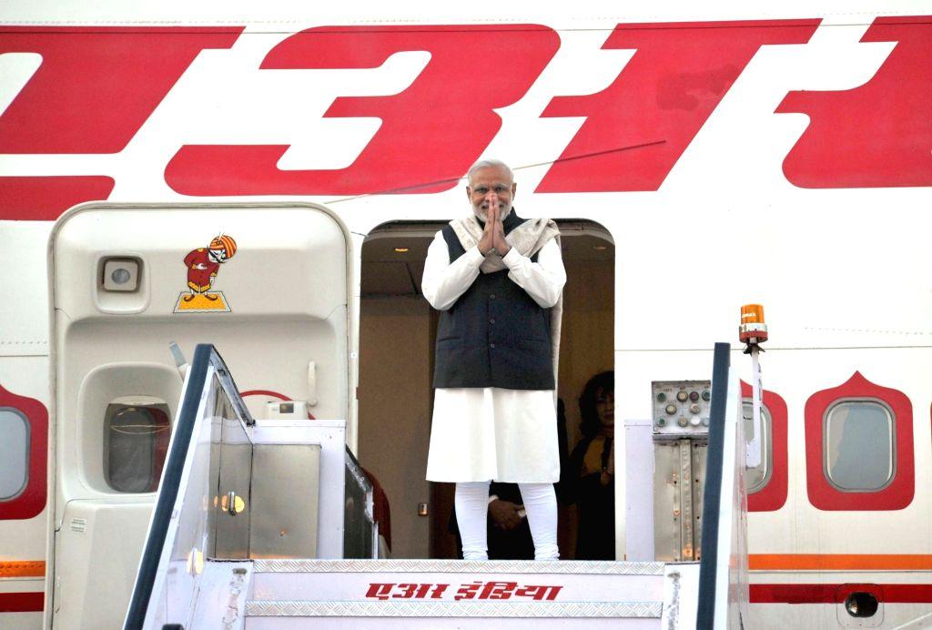 :New Delhi: Prime Minister Narendra Modi leaves for UK and Turkey from New Delhi on Nov 12, 2015. (Photo: IANS/PIB). - Narendra Modi
